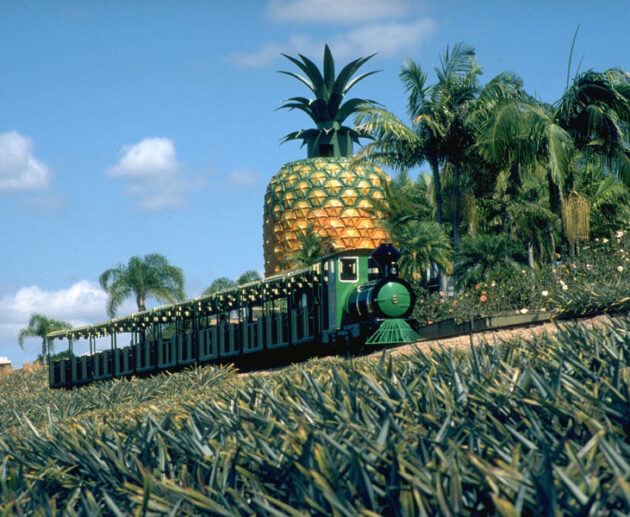 The sugar train at the Big Pineapple, Sunshine Plantation, Nambour (1996)